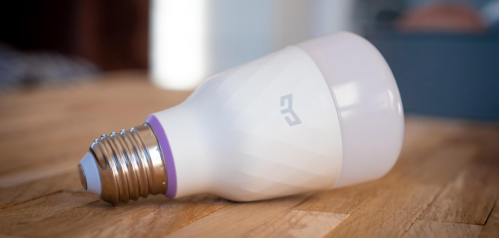 Aj inteligentné žiarovky môžu ohroziť vaše súkromie a bezpečnosť