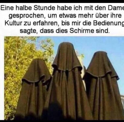 Burkas als Sonnenschirme