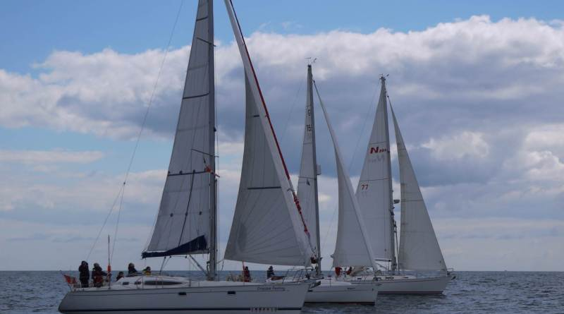 Yacht Cruise Race Cruise Yarmouth Amp Back Chichester
