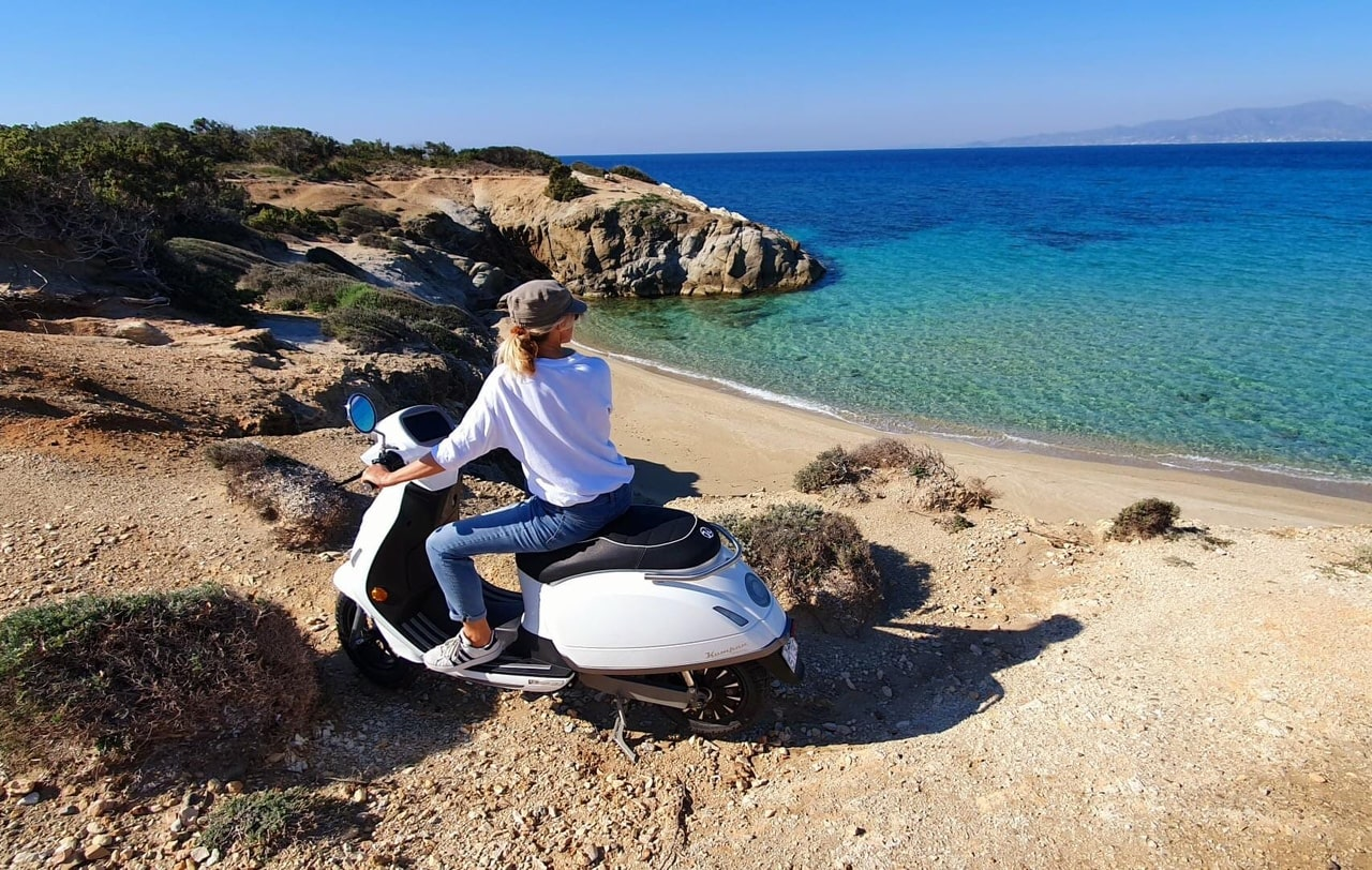 Kumpan E-Scooters   Naxos Island