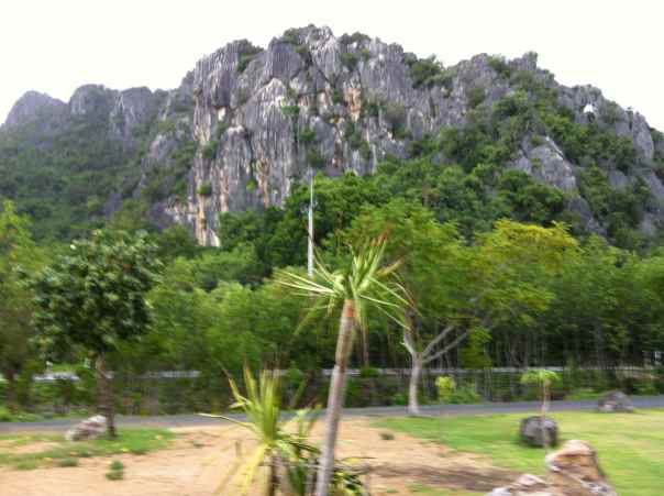 This cave is found on the southeastern coastal road of Thailand. The views are great and the road is relatively flat.