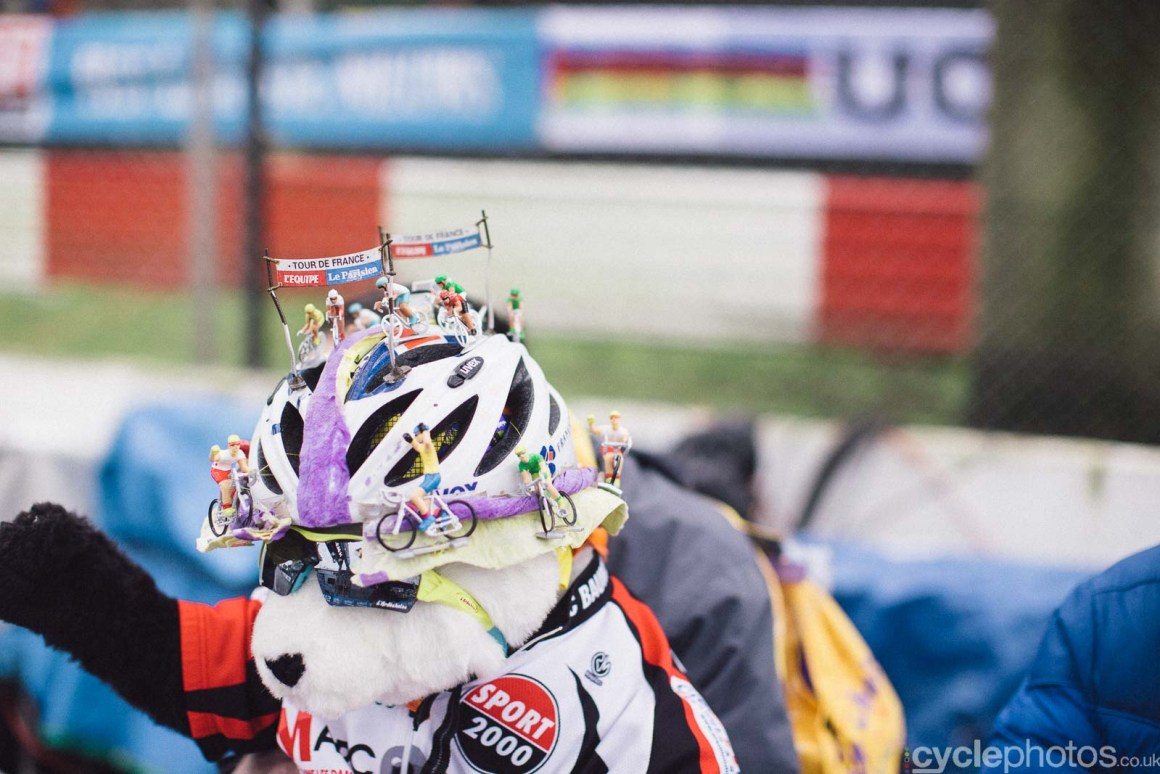 2016-cyclephotos-cyclocross-world-championships-zolder-145352-supporters