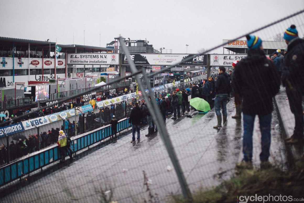 2016-cyclephotos-cyclocross-world-championships-zolder-155142-crowds