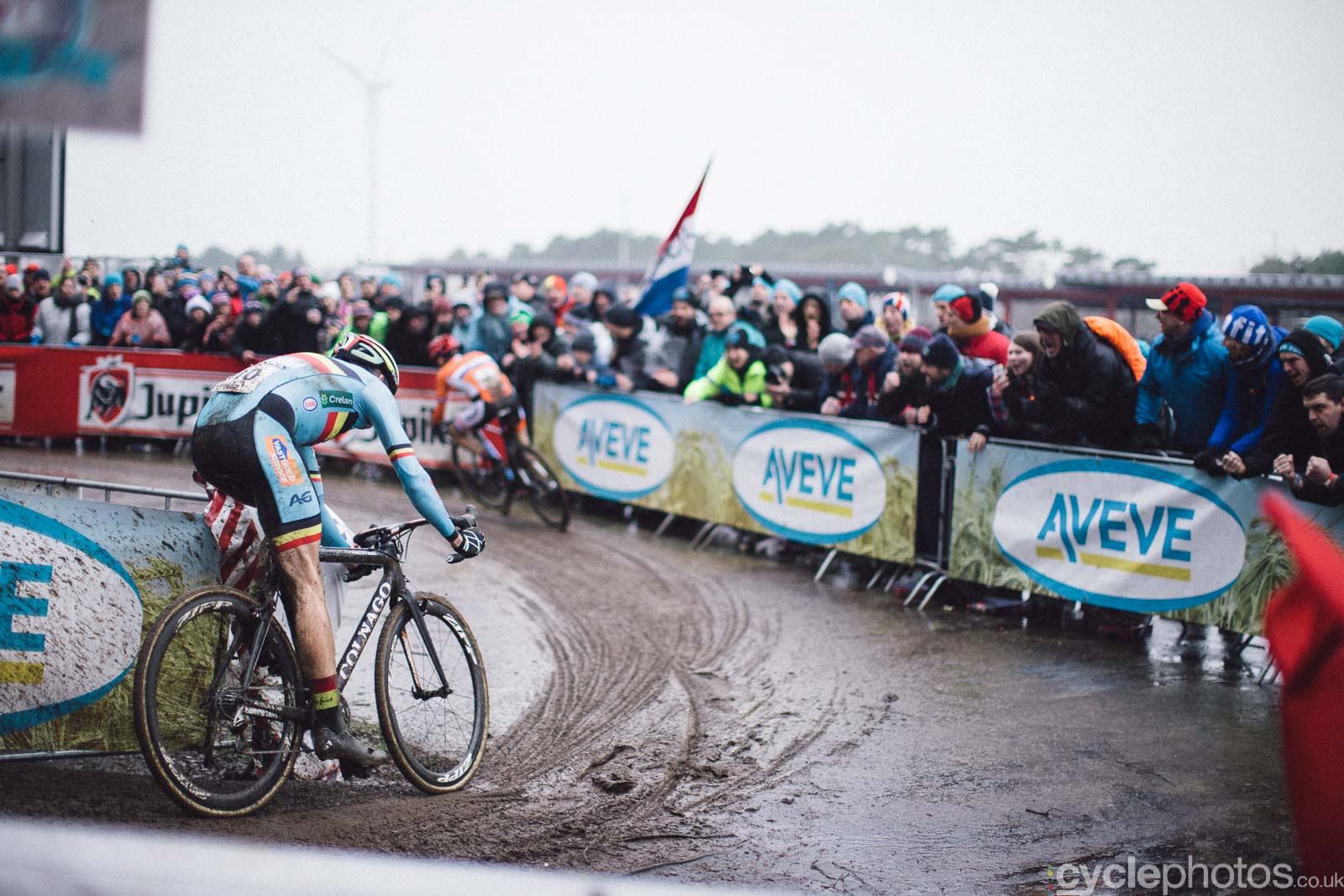 2016-cyclephotos-cyclocross-world-championships-zolder-155506-wout-van-aert