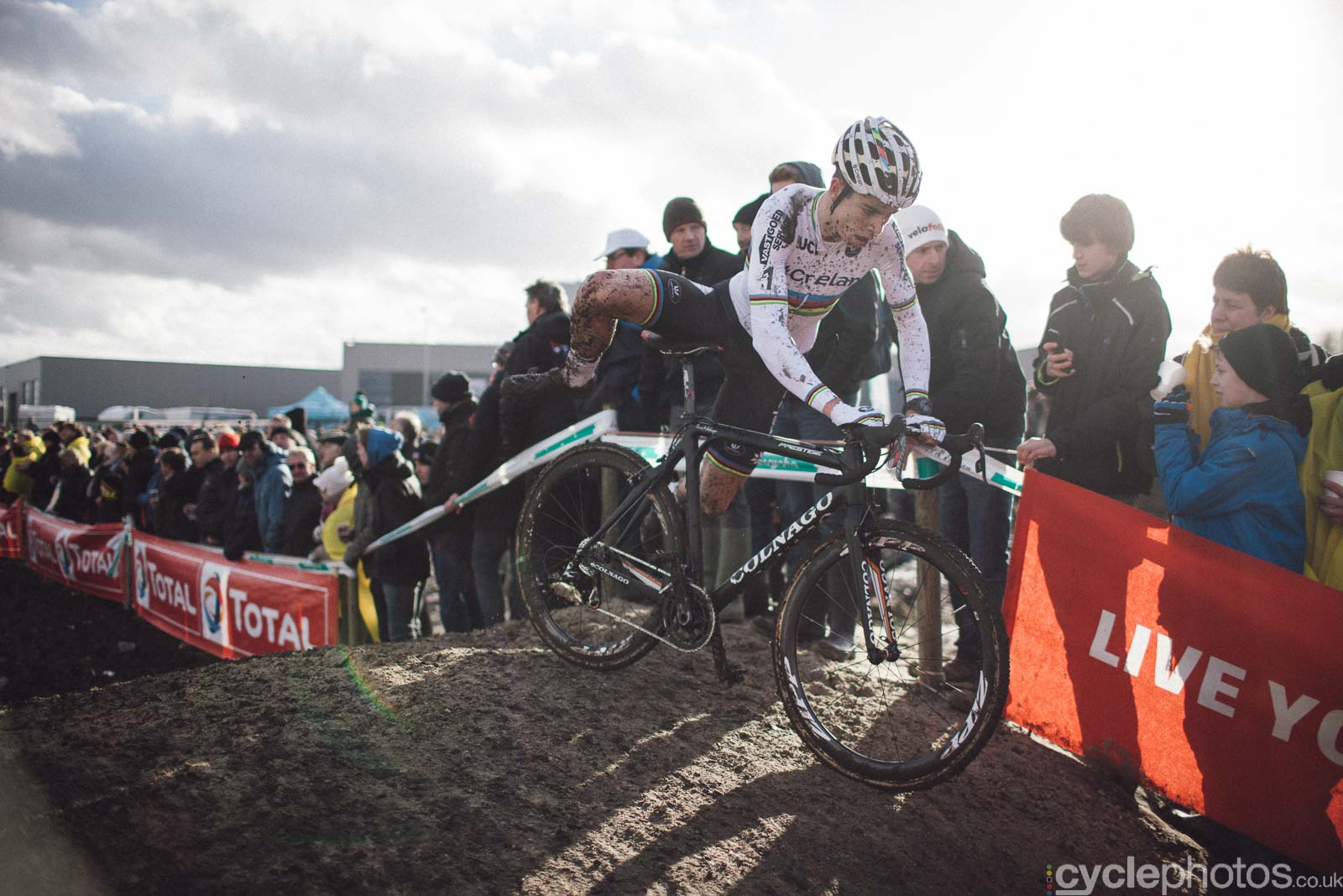 2016-cyclephotos-cyclocross-hoogstraten-151113-wout-van-aert