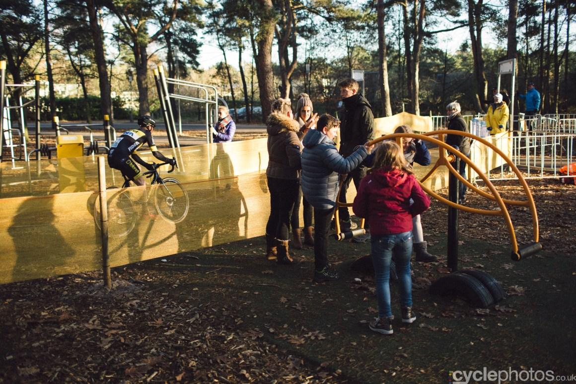 2016-cyclocross-zilvermeercross-mol-151331-jim-aernouts