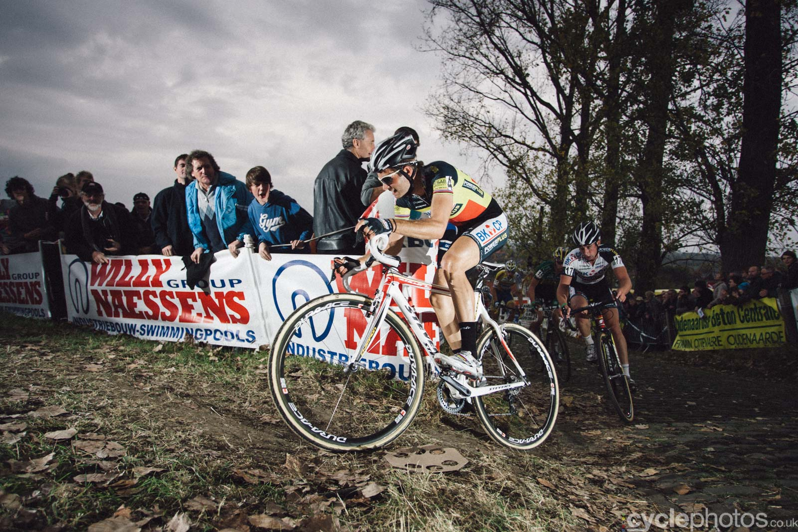 2011-cyclephotos-cyclocross-koppenberg-151851-niels-albert