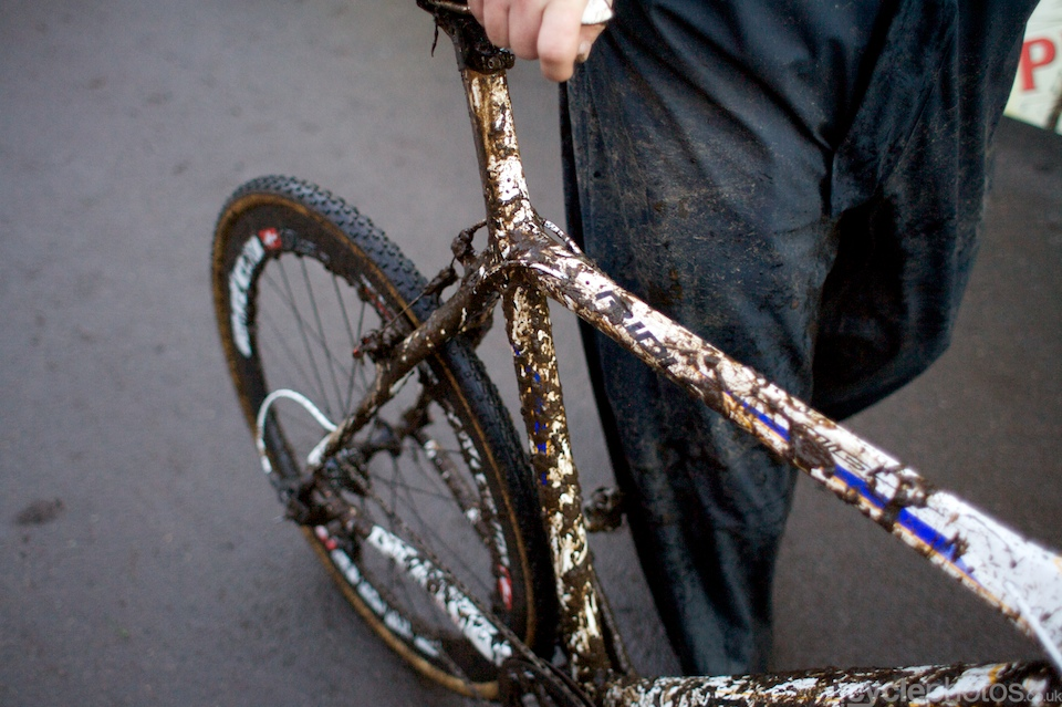 Wellens' understandibly muddy bike.