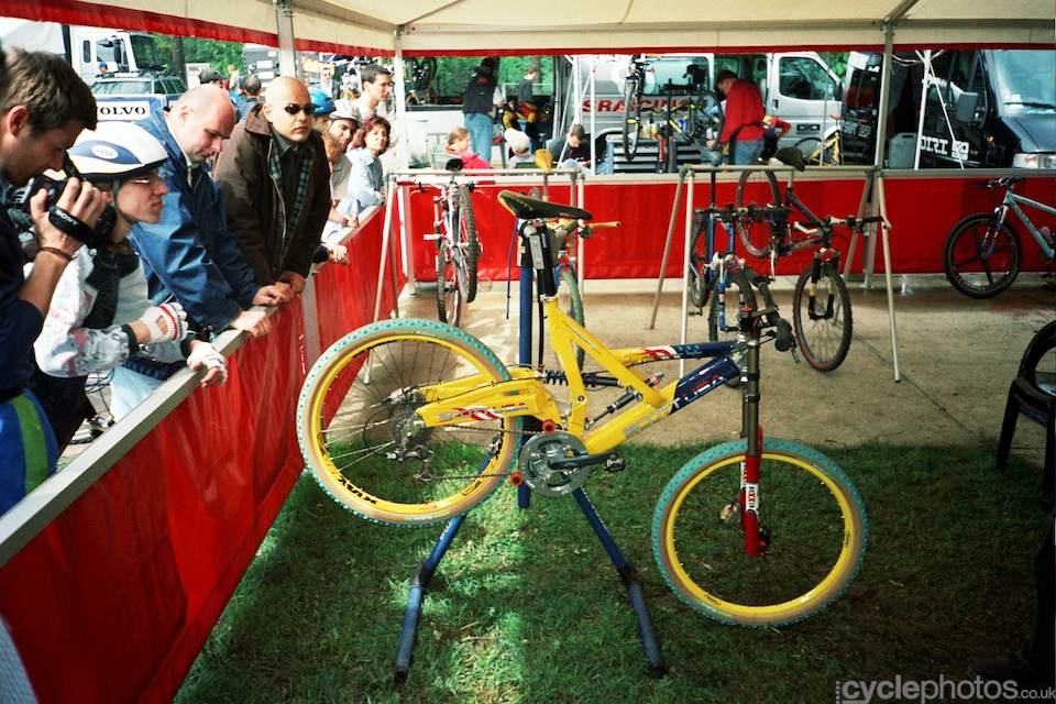 Cutting edge Scott DH bike