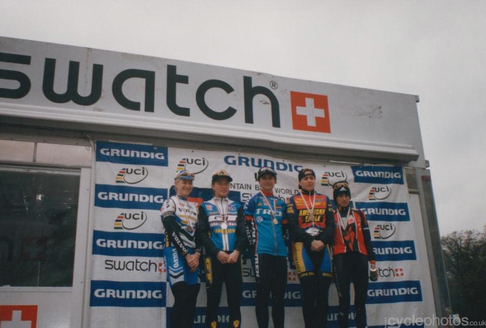 The women's podium (left to right): Alison Sydor, Alison Dunlap, Chantal Daucourt, Gunn-Rita Dahle and Marga Fullana