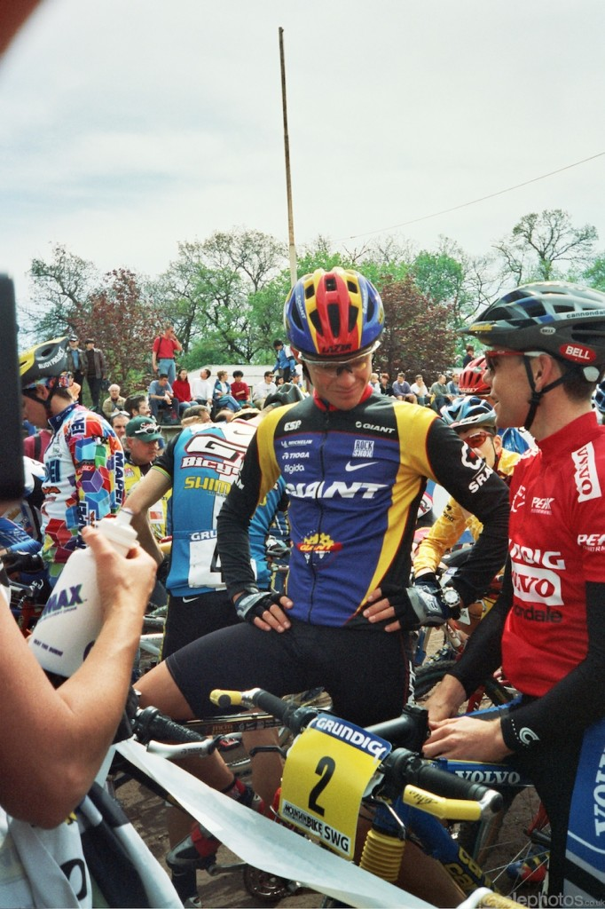 Minutes before the start of the elite men's race.