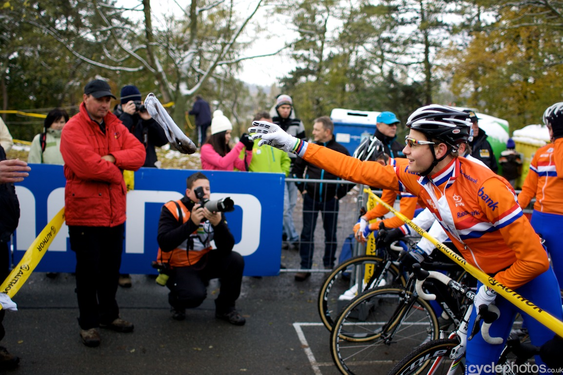 I didn't arrive at Plzen in time on Saturday to shoot anything, so the day started for me on Sunday morning, with the juniors' race. Here Mathieu van der Poel throws his overshoes to a team helper.