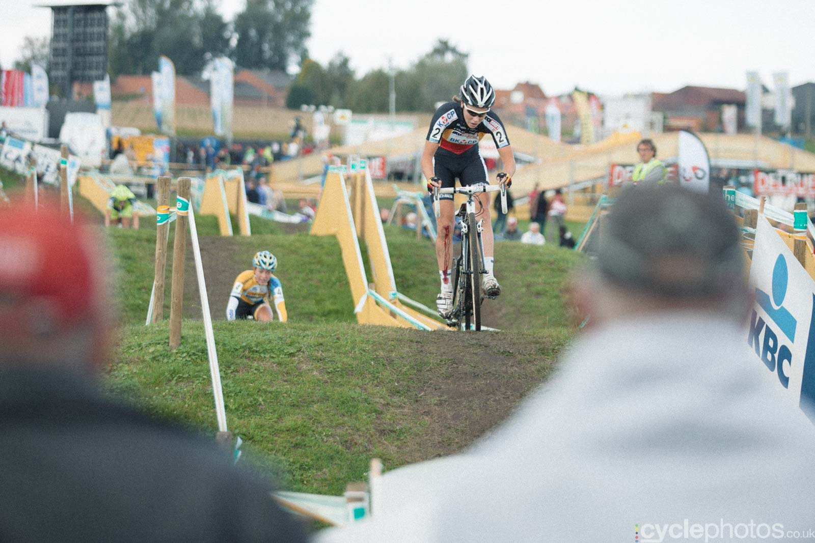 2012-cyclephotos-cyclocross-ruddervoorde-122257-sanne-cant