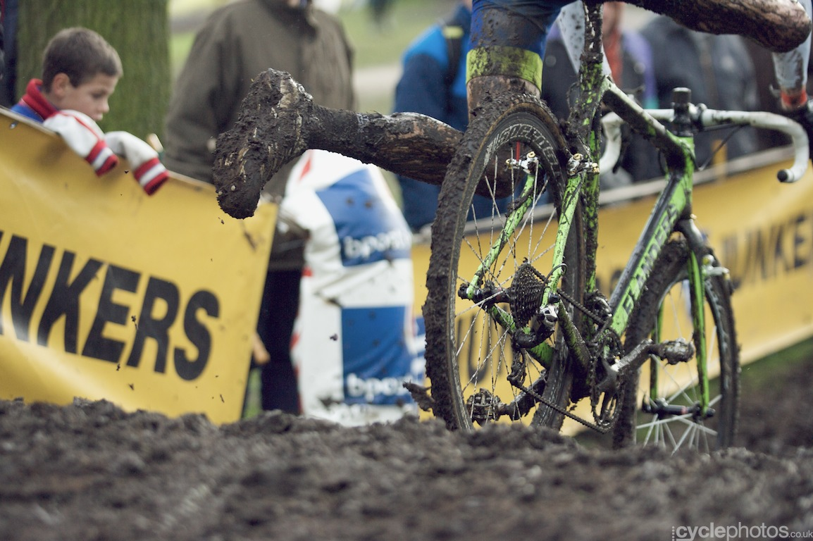 Unknown rider jumps back on the bike in the last lap of the fifth round of the Bpost Bank Trofee Azencross in Loenhout.