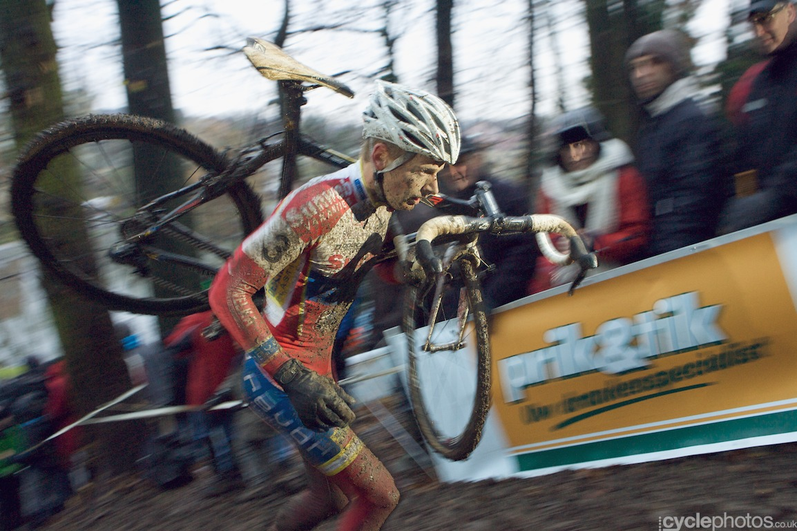 Yesterday's winner, Kevin Pauwels was struggling today, he finished only 9th.