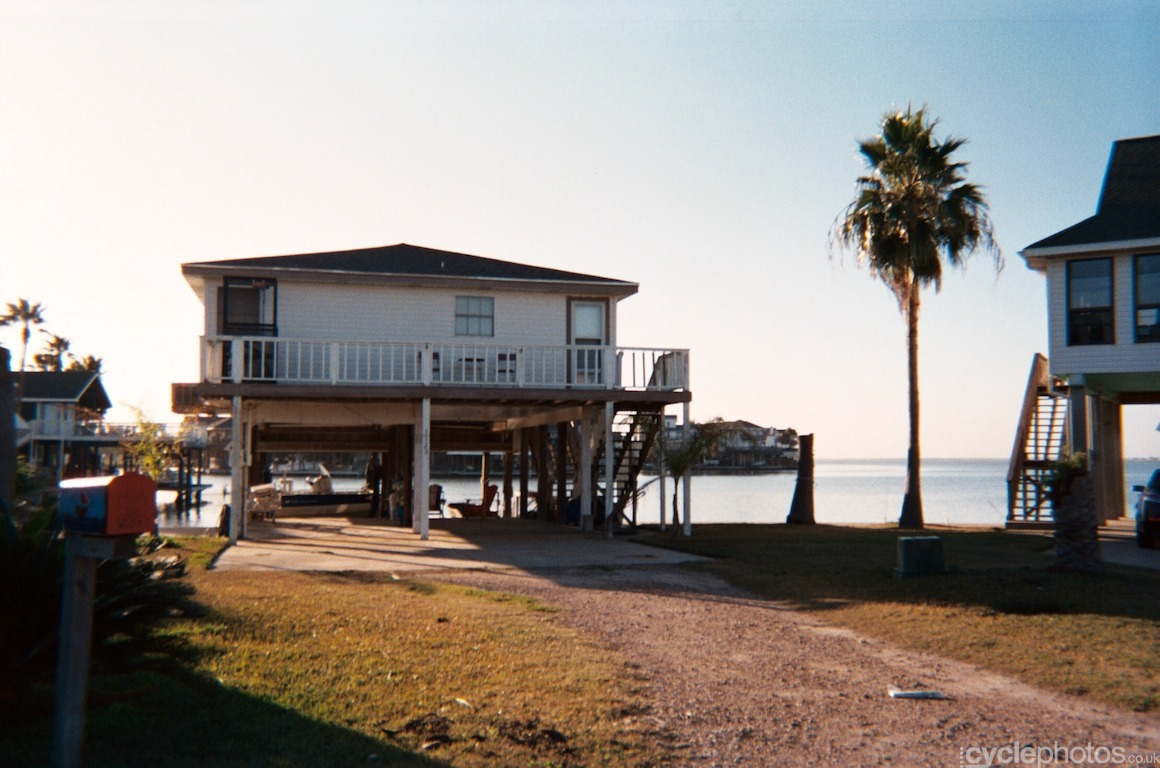 Tiki Island, Texas, US. Photo by Balint Hamvas / Cyclephotos