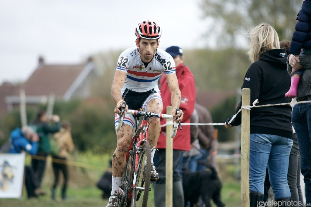 Ian Field leads the field in the first lap of the elite men's cyclocross Bpost Bank Trofee race at Koppenberg.