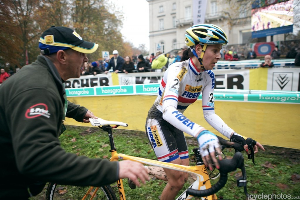 2013-cyclocross-superprestige-asper-gavere-41-nikki-harris