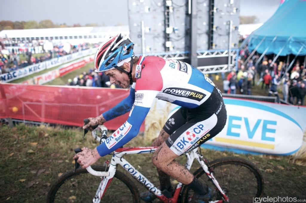 David van der Poel in the second lap of the U23's cyclocross Superprestige race in Hamme-Zogge