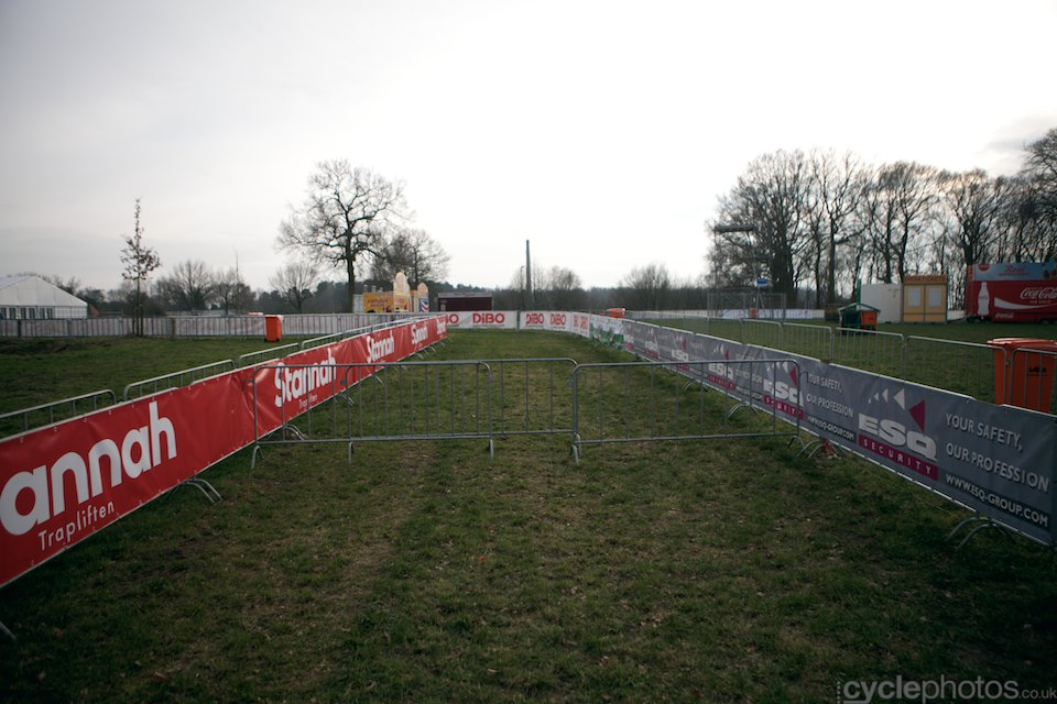 The course itself was blocked today but there was a narrow path next to the course, that offered the riders an opportunity to try out certain parts of the course.