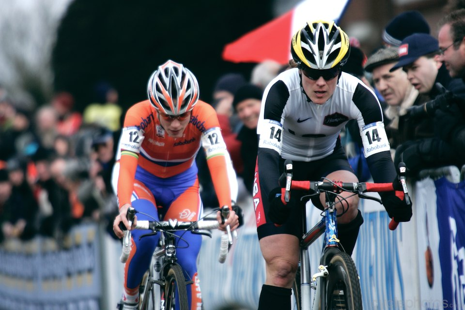 Katie Compton and Marianne Vos plays cat and mouse with two laps to go.