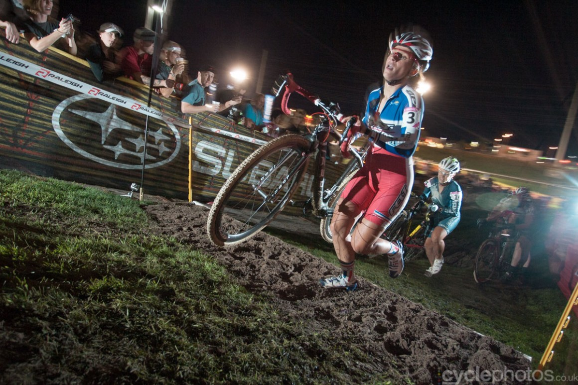 The first race in the 2011/2012 season was overseas, the famous Crossvegas. It was a wet and muddy race and, quite ironically, it turned out to be the only muddy/wet race until early December that year.