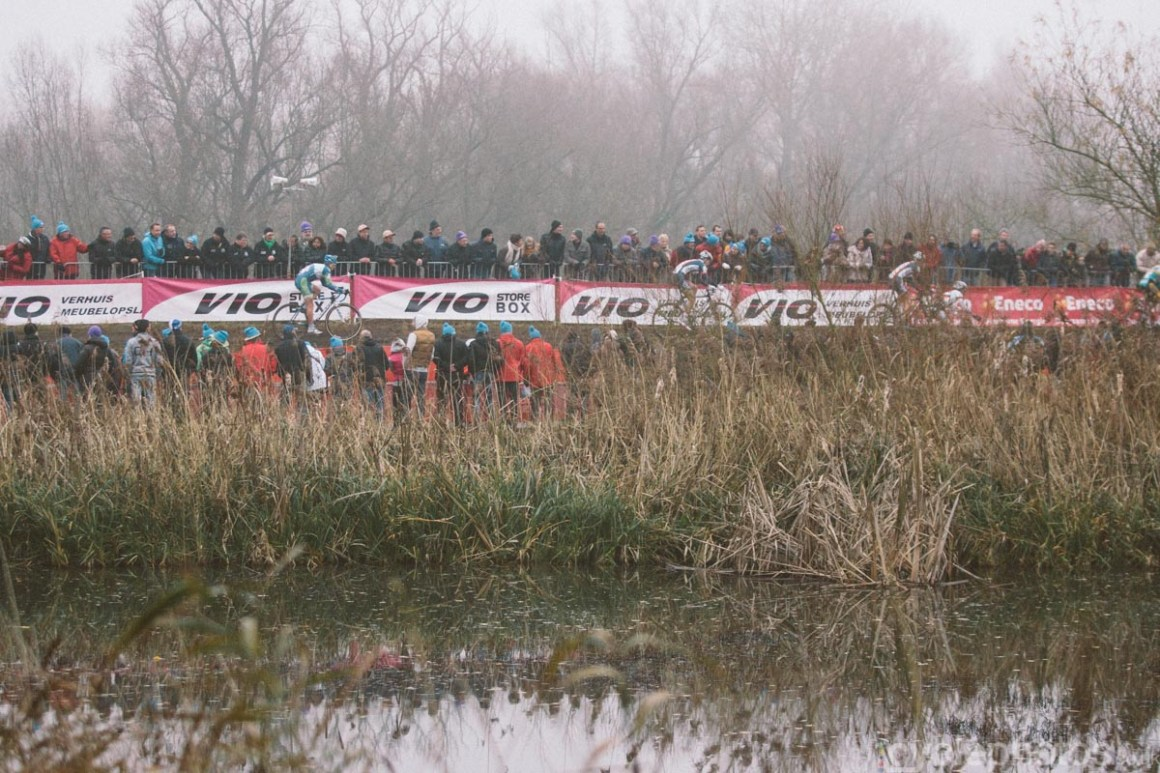2014-cyclocross-bpost-bank-trofee-hamme-lake-160346