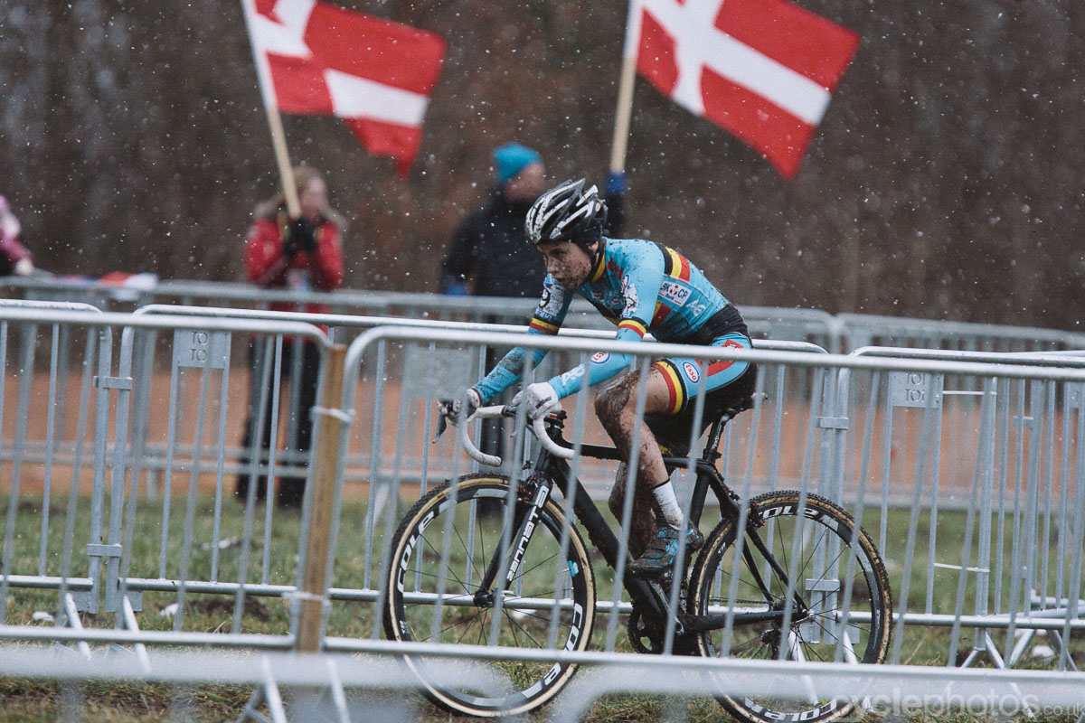 2015-cyclocross-world-championships-143736-tabor-day-1