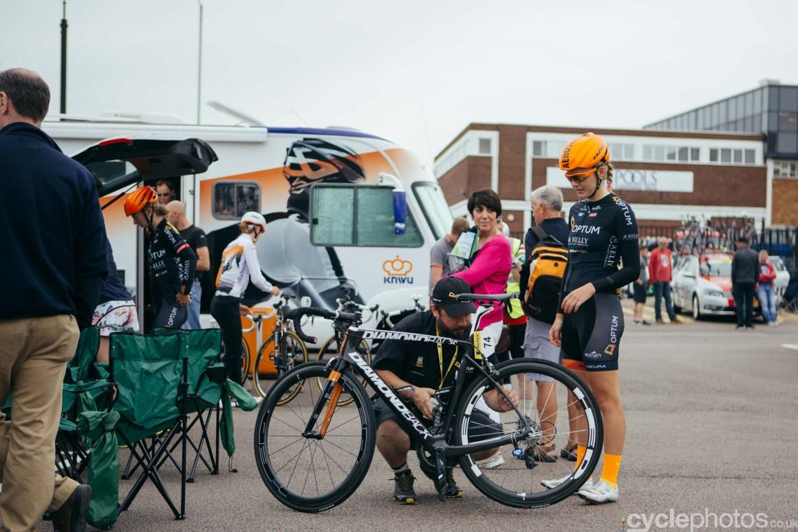 cyclephotos-womens-tour-of-britain-091730-maura-kinsella