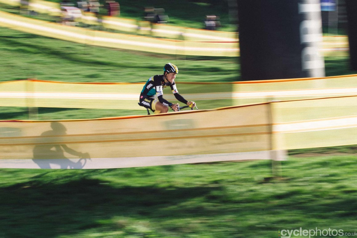 2015-cyclephotos-cyclocross-ronse-154906-tom-meeusen