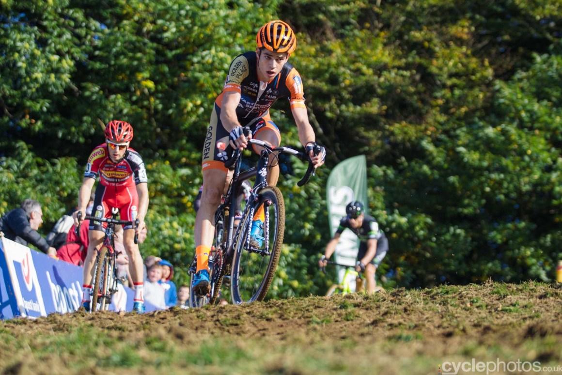 2015-cyclephotos-cyclocross-ronse-155448-wout-van-aert