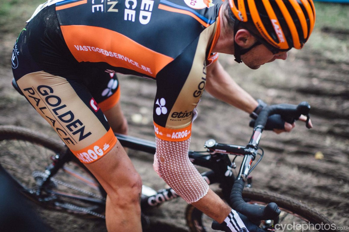 2015-cyclephotos-cyclocross-valkenburg-154200-rob-peeters
