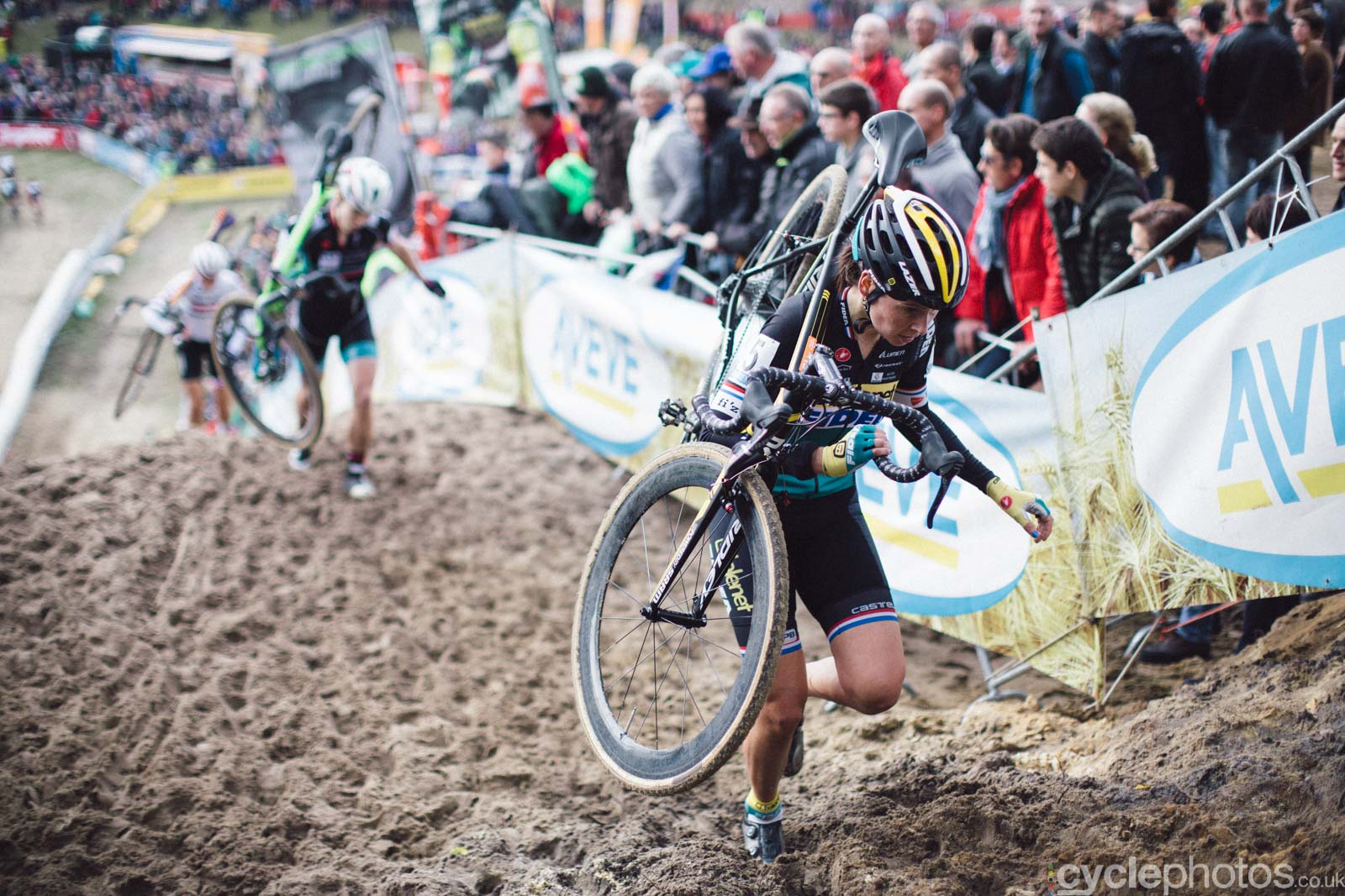 2015-cyclephotos-cyclocross-zonhoven-145604-nikki-harris
