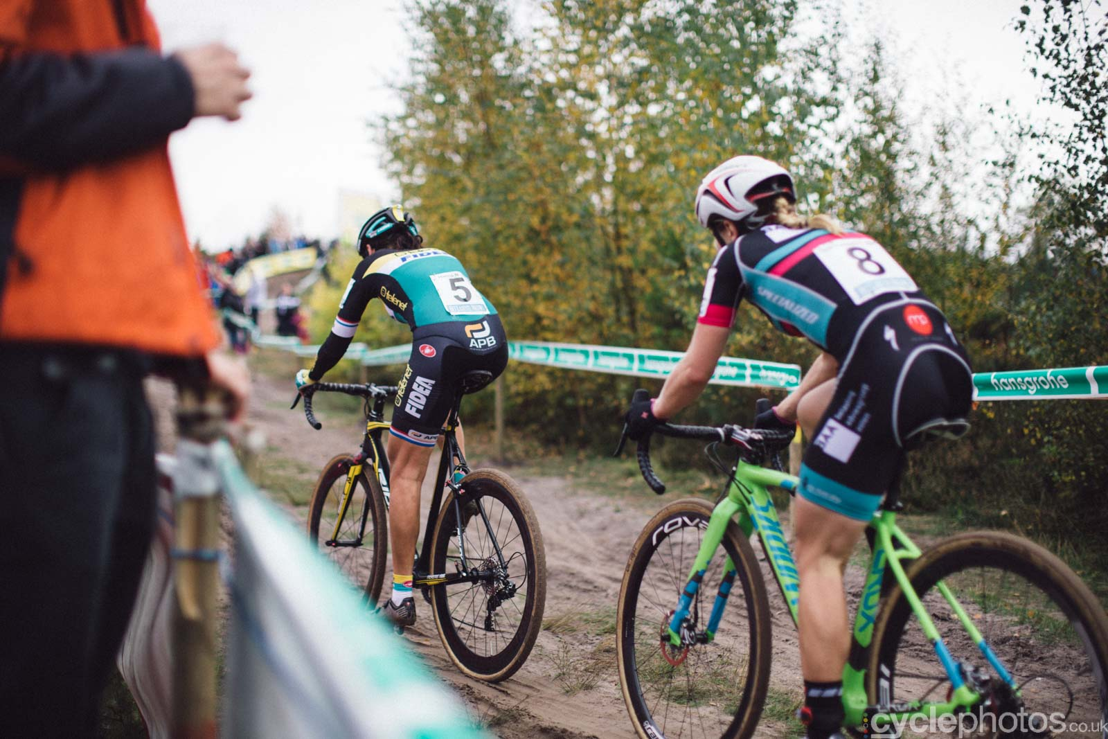 2015-cyclephotos-cyclocross-zonhoven-150551-nikki-harris