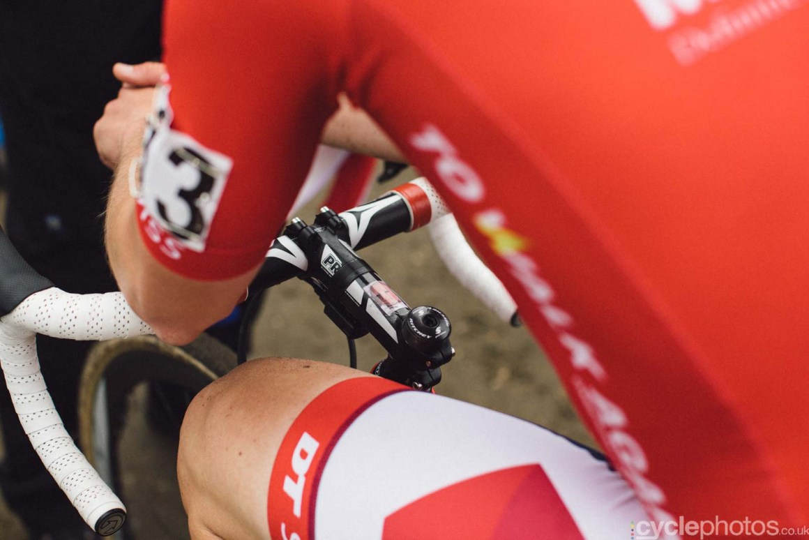 2015-cyclephotos-cyclocross-zonhoven-170453-julien-taramarcaz