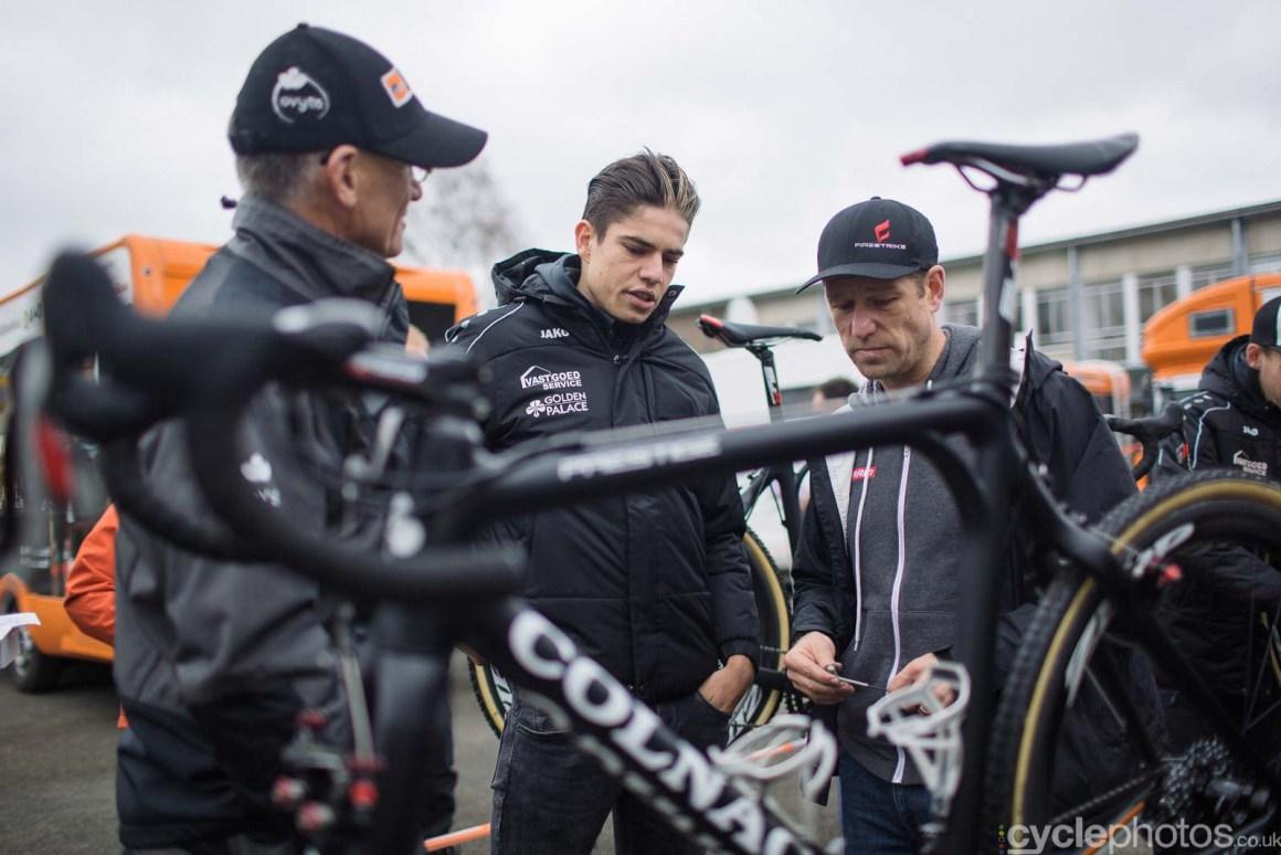 2015-cyclephotos-cyclocross-gavere-113132-wout-van-aert
