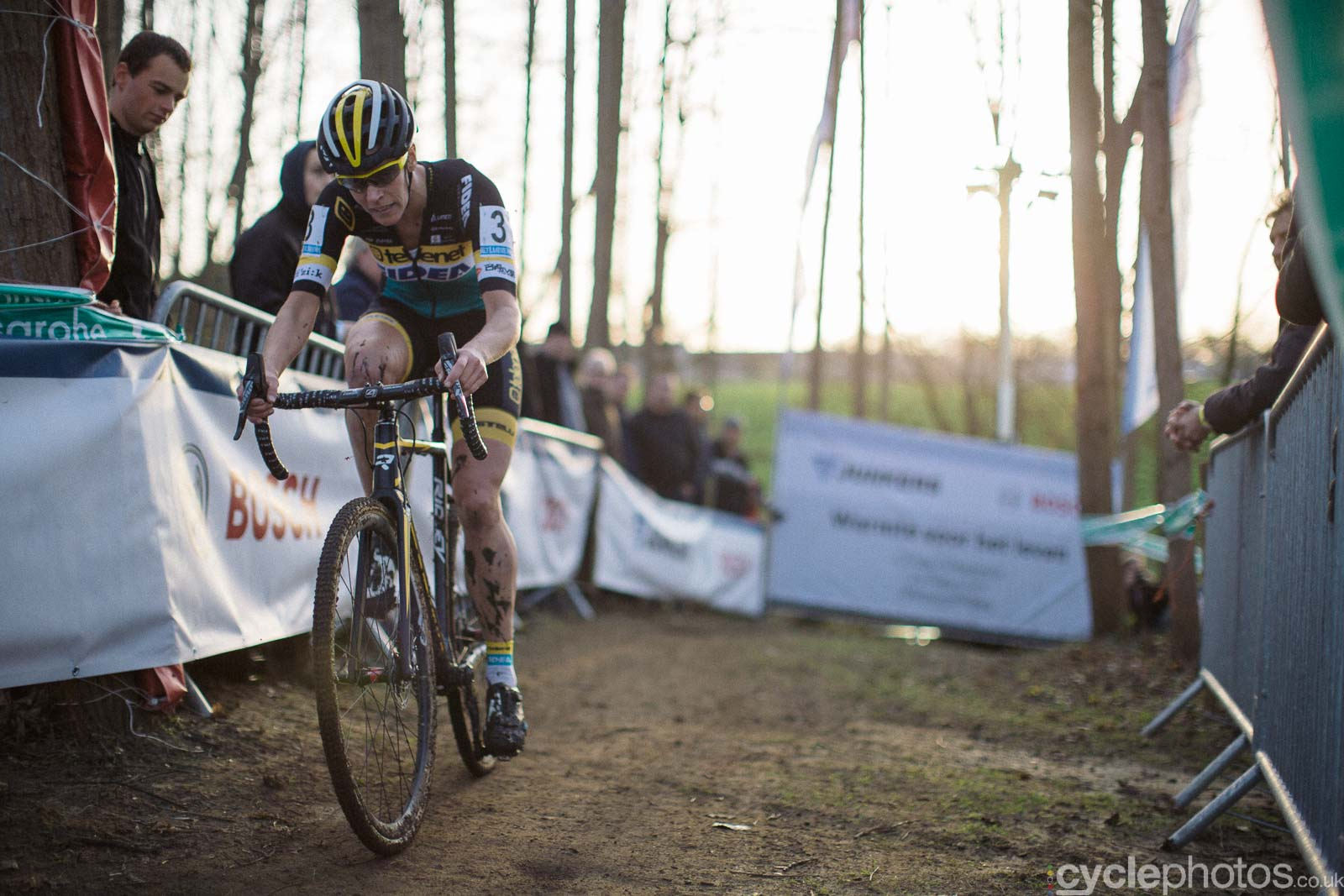 2015-cyclephotos-cyclocross-diegem-155205-ellen-van-loy