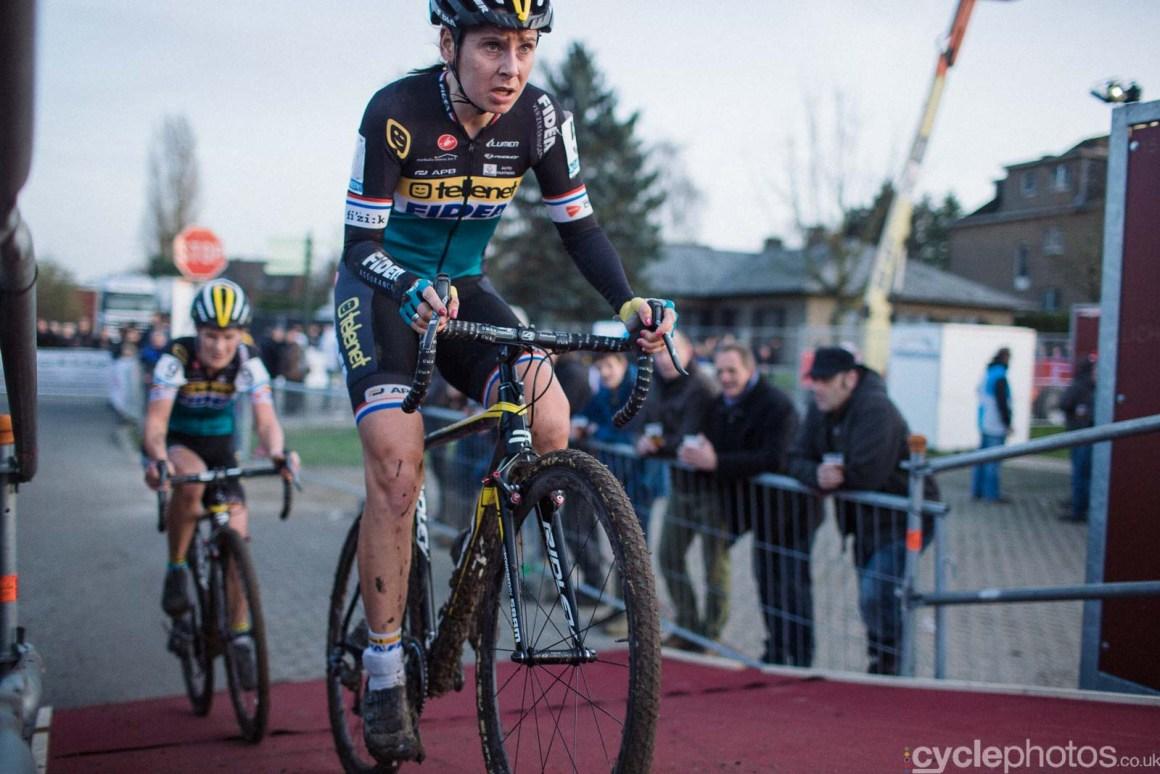 2015-cyclephotos-cyclocross-diegem-160127-nikki-harris