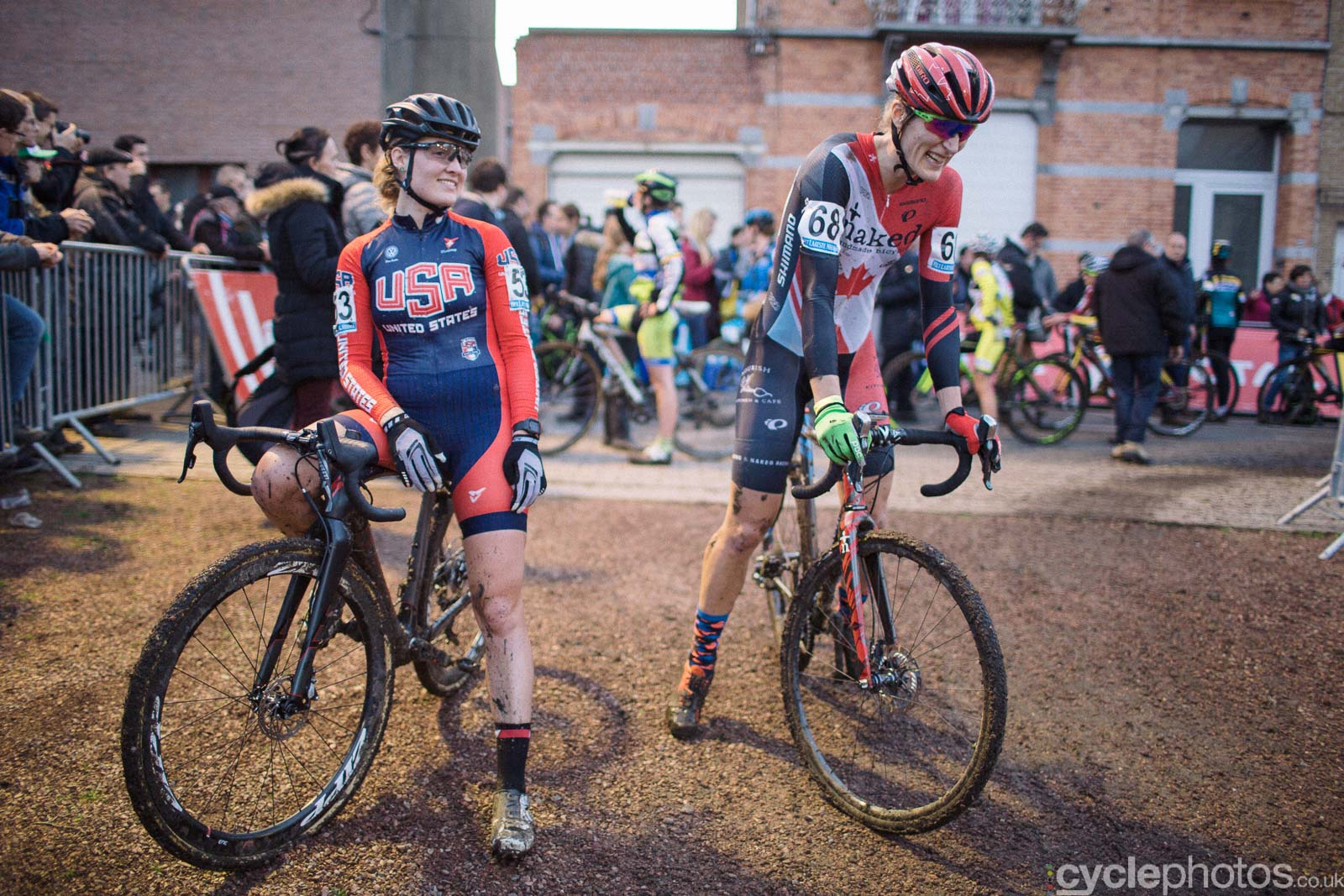2015-cyclephotos-cyclocross-diegem-161712-elle-anderson-mical-dyck