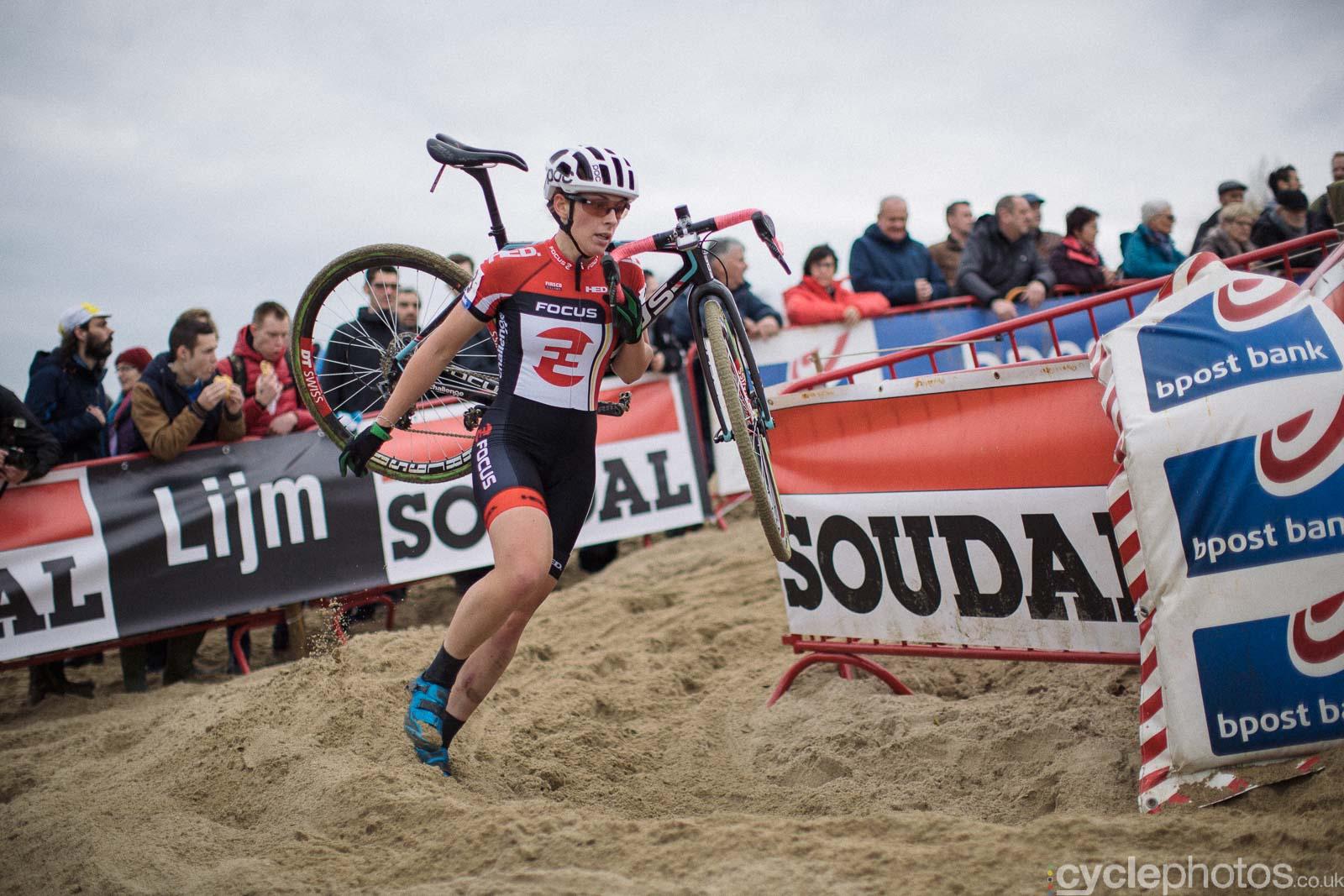 2015-cyclephotos-cyclocross-scheldecross-140154-natalie-redmond