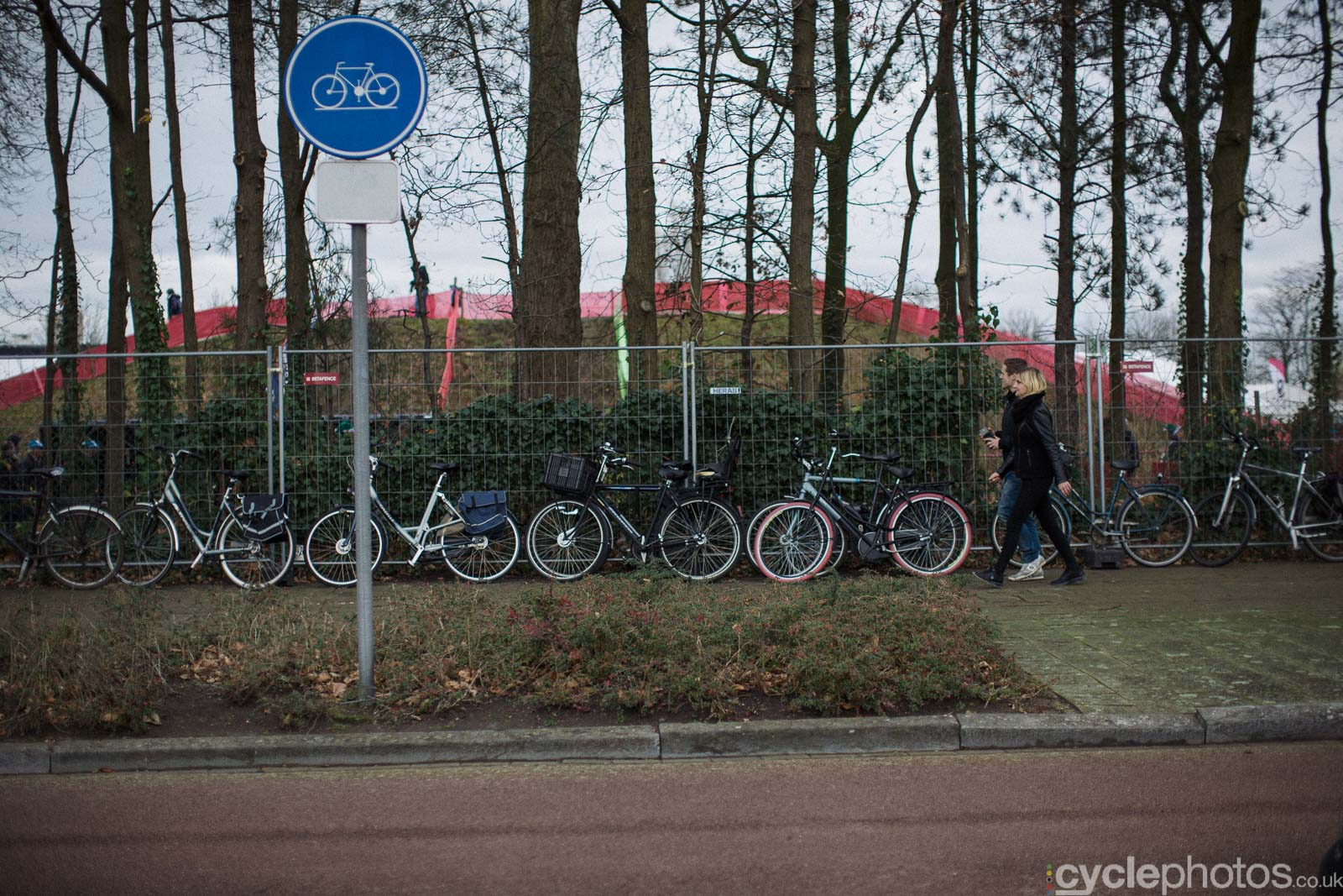 2015-cyclephotos-cyclocross-scheldecross-144128-bikes