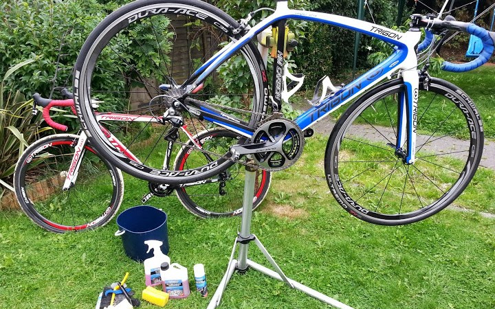 How to Clean a Race Bike