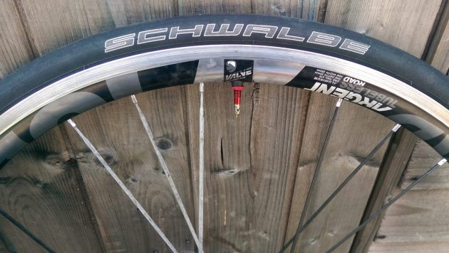 Ours came shod with Schwalbe Ultremo ZX tubeless tyres