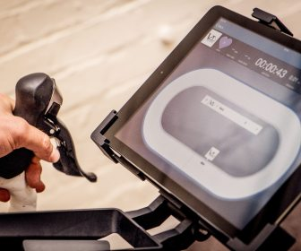 Attach your i-Pad, download the Velo-Trainer app and you're ready to go