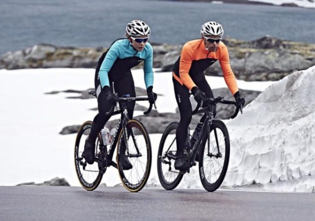 The dhb Aeron range offers quality kit for both sexes and at the kind of price that means you can get a complete matching outfit without needing a second mortgage