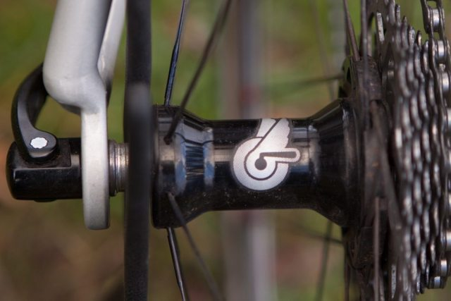 Campagnolo Bullet Ultra 50mm carbon wheelset hub