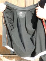 The inside of the Castelli Puro has a fleecy lining, which not only keeps you warm, but helps wick away sweat
