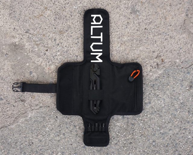 The Modual multi tool comes on it's own, or with it's own tool roll to keep everything neat