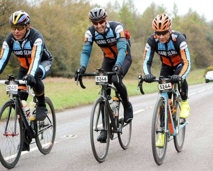 Three out of four Handsling Racing riders managed to make it to the start in time! We also finished together, teamwork.