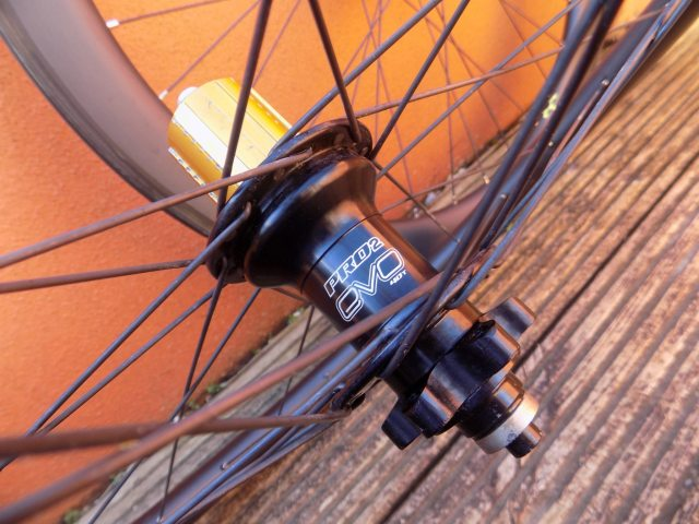 The Pro2s have been replaced by Pro4 hubs, you can spec Chris King if you want
